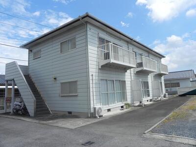 富山マンション 2階角部屋の物件です。