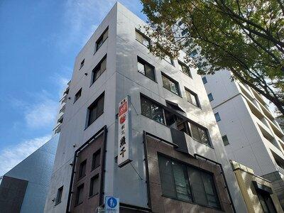 中川ビル きれいな外装の鉄筋コンクリート造の建物になります!