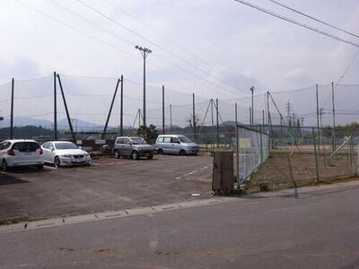 石本駐車場
