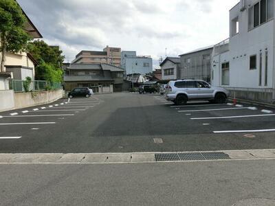 栄町パーキングNO.2