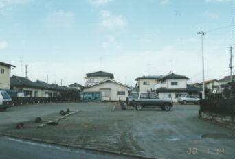富田町向舘駐車場