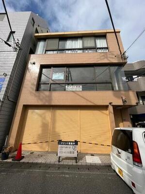 佐藤ビル1階