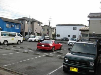 北寺島町貸駐車場