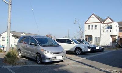 高橋寿彦駐車場