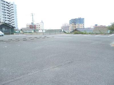 清滝4丁目月極駐車場