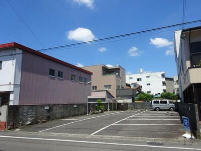 吾妻町1丁目駐車場(P125)