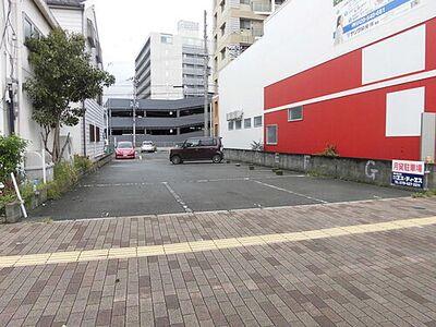 加古川駅前通り貸駐車場