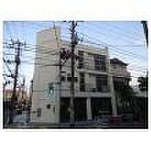 YMT壱番館 平成29年4月外装塗装済です。