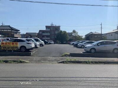 奥田駐車場