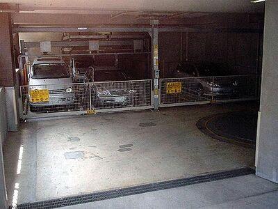 ランドシティー駐車場
