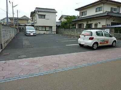 常磐町駐車場