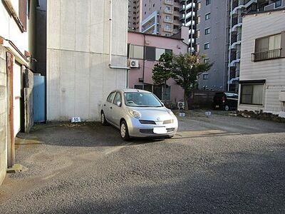 八幡八雲神社駐車場