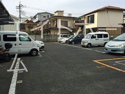NEPビル駐車場