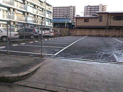 小松原モータープール