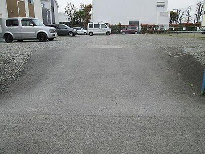 小塩月極駐車場
