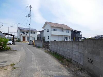 大字徳丸(北伊予駅) 300万円