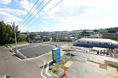 「鶴川」駅 歩15分 町田市大蔵町 全19区画 4-5区画 分譲地内