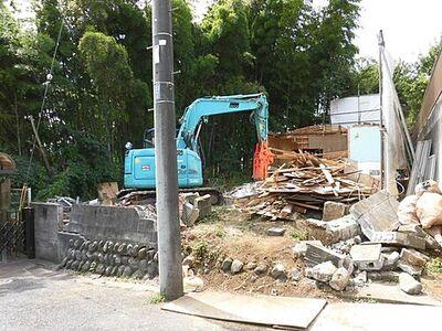 八王子市館町 建徳条件無売地 72坪 外観 9月15日現在  解体中