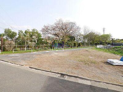 大宮区寿能町 建築条件なし売地 北・東道路に面した角地で陽当たりの良いゆとりある敷地です。