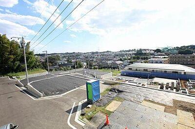 「鶴川」駅 歩15分 町田市大蔵町 全19区画 3-8区画 分譲地内