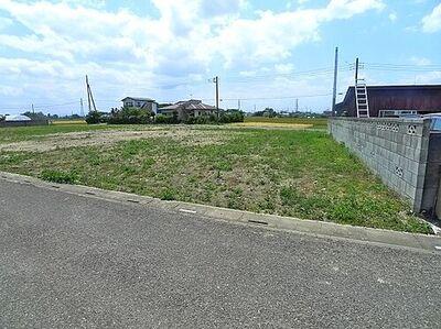 下奈良売地 整形地、間口25m以上あります。