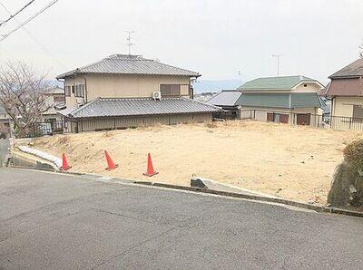 奈良市あやめ池北3丁目 1980万円 建築条件なし約85坪