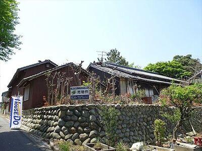 塩田町砂山 売土地 土地約333坪、小鳥のさえずりが聞こえるのどかな環境です。