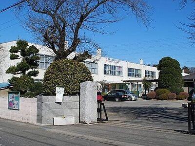 上尾市立中央小学校まで785m