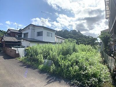 千葉市中央区赤井町売地 現況、更地ですので、お引渡しは即可能です。