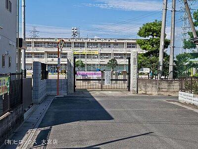 埼玉県上尾市大字上売地 上尾市立上平小学校 距離700m