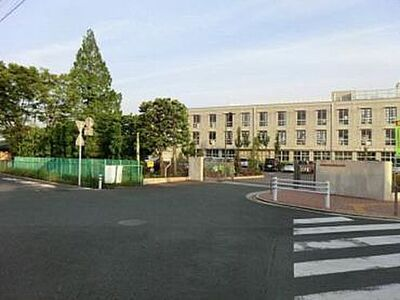 東松山市松本町 全4区画 1号地 小学校新明小学校まで555m