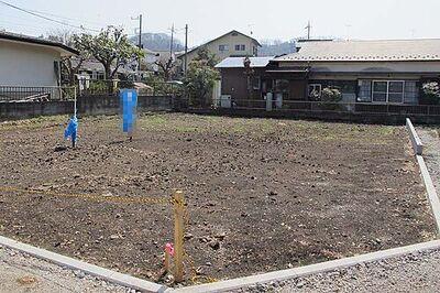 長方形に近い地型で使いやすい土地となっております。敷地面積も広く開放感があります。