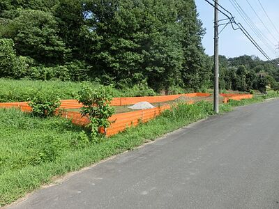 関越道嵐山小川IC近く、敷地123坪。