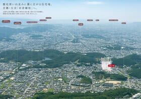 近くには国立京都国際会館や、圓通寺など緑豊かな立地