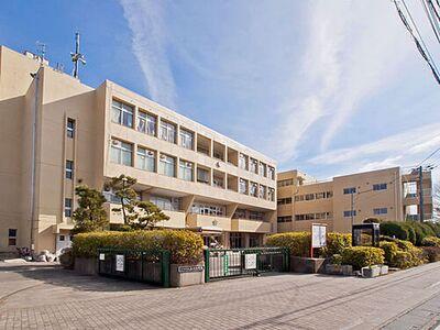 大宮区三橋4丁目 3 さいたま市立上小小学校