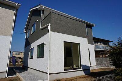 FIT佐野市浅沼町7期 2号棟 同社施工物件。完成物件と異なる場合がございます。