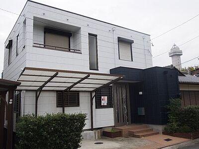 尾張旭市新居町山の田 中古 シャープなデザインが印象的な洗練の住まい。
