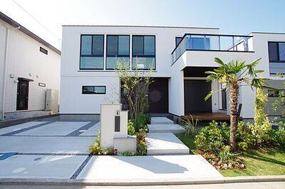 ゆとりのリビング28帖佐島の丘新築 15号棟 外観 閑静な住宅街にございます別荘としてもおすすめです
