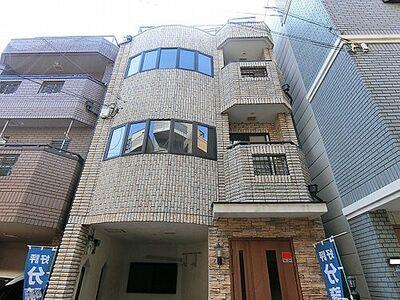 大阪市平野区長吉出戸2丁目 中古一戸建て 3階建てのフルリフォーム物件です