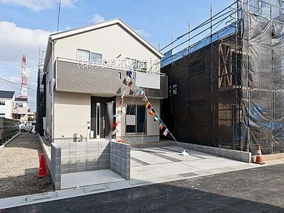 春日部市西八木崎3丁目 新築分譲住宅 全8棟 1号棟 真栄不動産なら「仲介手数料が無料」になります。さらに今なら、ご成約者様に「選べるオプション工事」を…