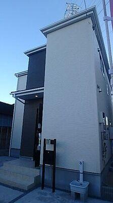 鳩ヶ谷駅徒歩16分 陽当り良好 上青木4期 堂々とそびえる外観