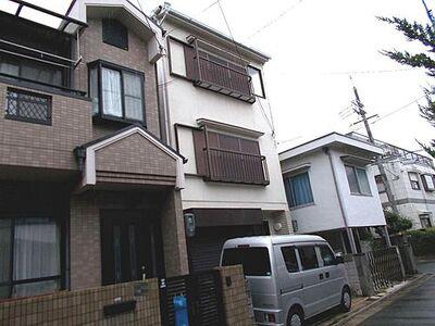 上 中古一戸建 JR阪和線「富木」駅まで徒歩12分ですので、毎日の通勤や通学に便利ですよ