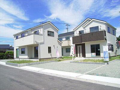 福島市飯野町 第2 3号棟 現地外観写真です。