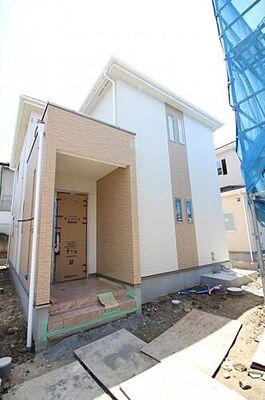 グラファーレ 利府町加瀬 2号棟 外観写真底板一面が鉄筋コンクリートになっているベタ基礎。