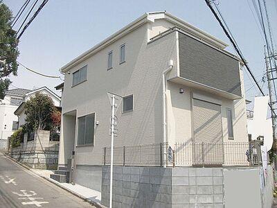 所沢市上新井3丁目 新築分譲住宅 日当たりの良い立地です。
