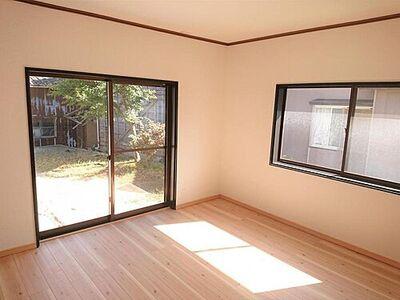新潟市西蒲区巻大原 戸建て 売主として累計5万戸以上の住宅をリフォームして販売してきた経験に基づき、一戸一戸、土地や建物に合わせてリフォームを行っています。ぜひとも現地でご確認ください。