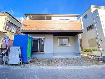 ソシアガーデン越谷市大沢4丁目 新築一戸建 全居室6帖以上 全居室に収納がある3LDKが誕生します。SIC、床下収納、洗面室収納、2階ホール収納、収納力豊富な間取りです。