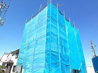さいたま市北区奈良町 新築一戸建て 駅徒歩10分。LDKは広々18.5帖で、ゆとりある生活ができます。