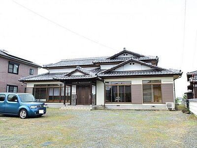 小城市芦刈町永田 戸建て 【リフォーム済】外壁、雨戸、雨どいの塗装を行いました。
