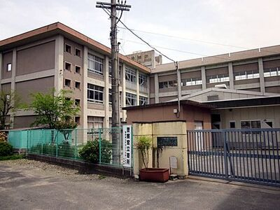 花田町小川第2 3号棟 姫路市立花田小学校
